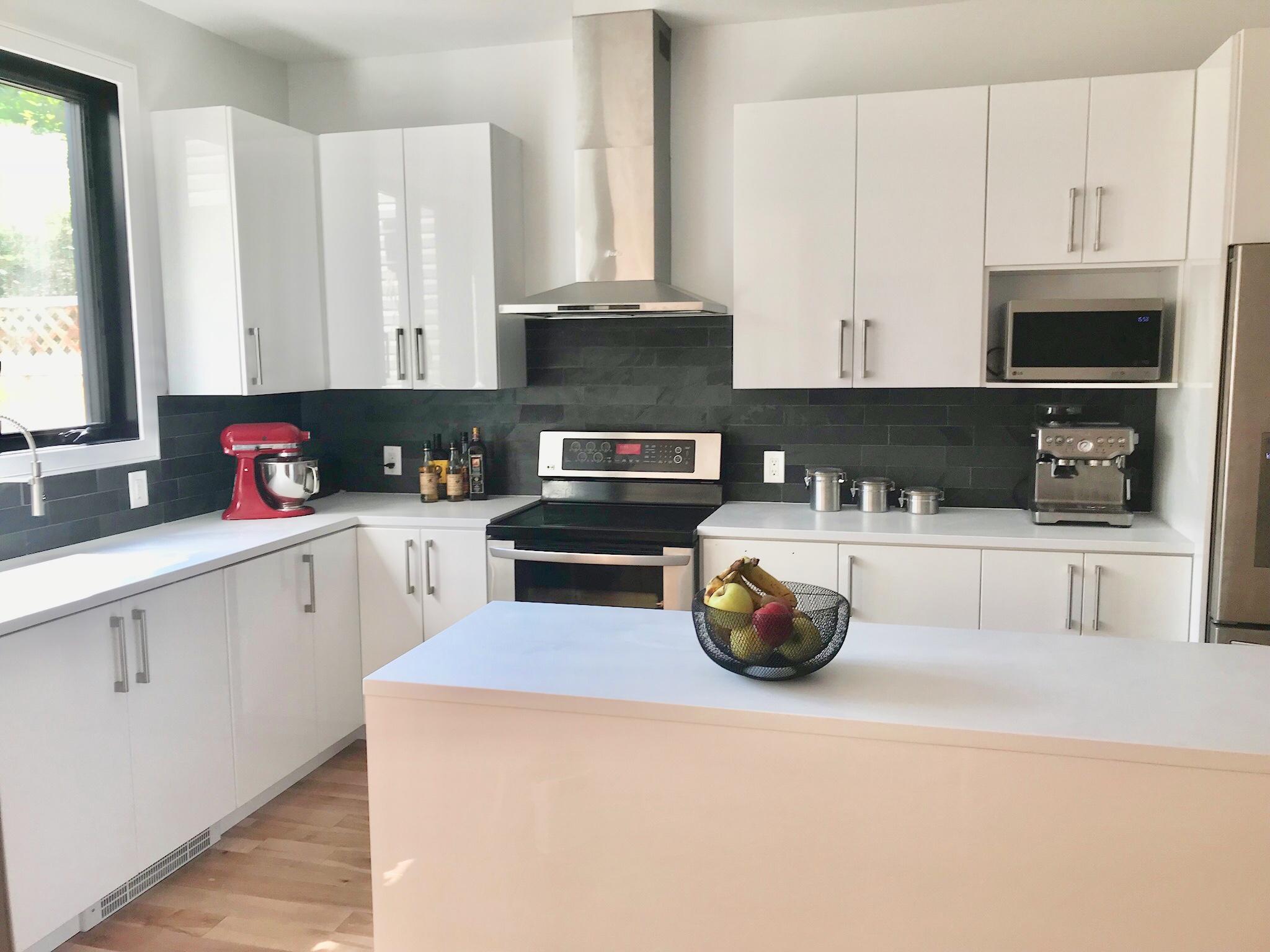 un dosseret de cuisine en ardoise un avis sur tout. Black Bedroom Furniture Sets. Home Design Ideas